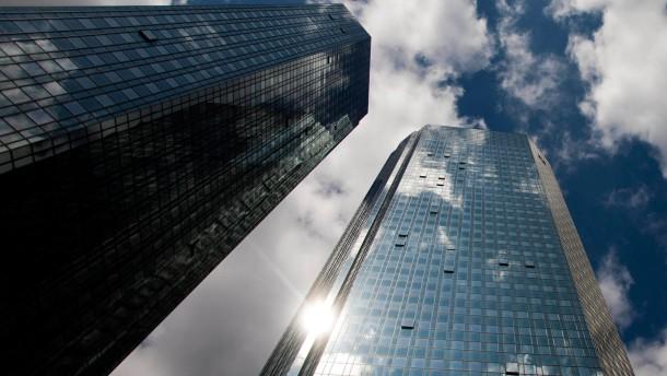 Banken sträuben sich gegen Regulierung der Boni