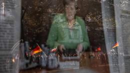 """""""Merkel muss weg"""""""