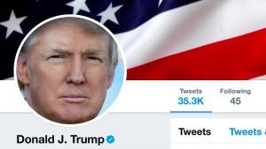 Trump verstößt auf Twitter gegen Verfassung