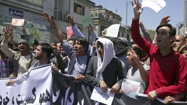 Proteste nach Anschlag in Kabul