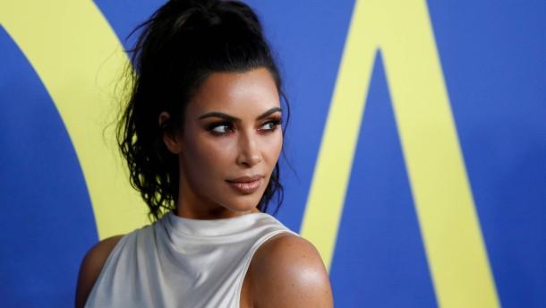 Kosmetikkonzern Coty geht Partnerschaft mit Kim Kardashian West ein