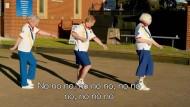 Bowling-Seniorinnen lassen zu Beyoncé die Hüften schwingen