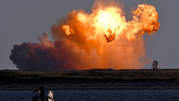 Starship-Rakete explodiert beim Landen