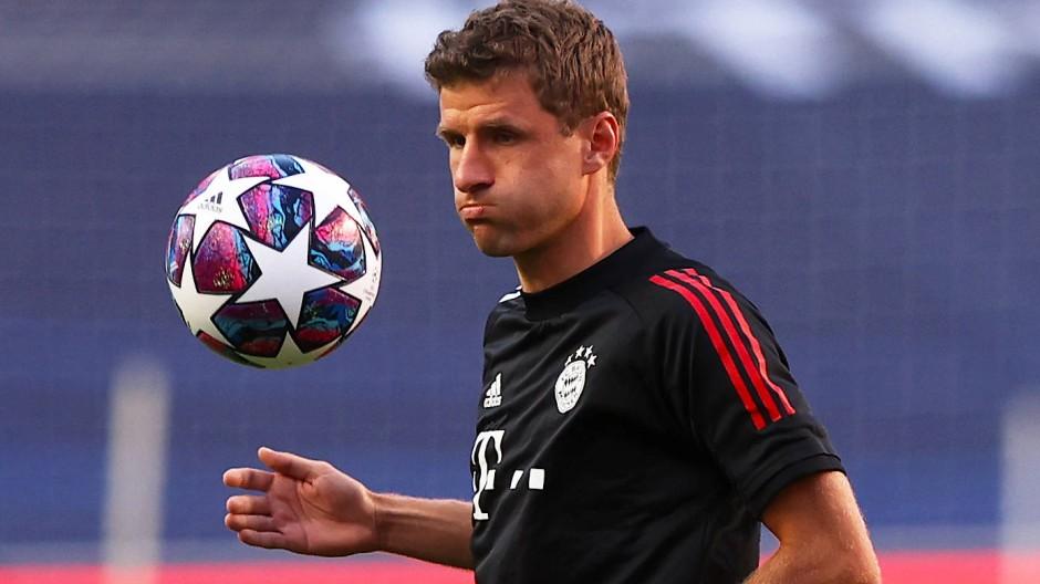 """Müller: """"Als Team gegen Messi verteidigen"""""""