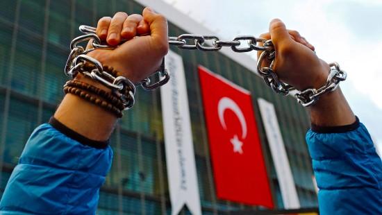 Fast 200 mutmaßliche Gülen-Anhänger festgenommen