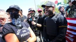 Gewalt bei Aufmarsch von Rechtsextremen