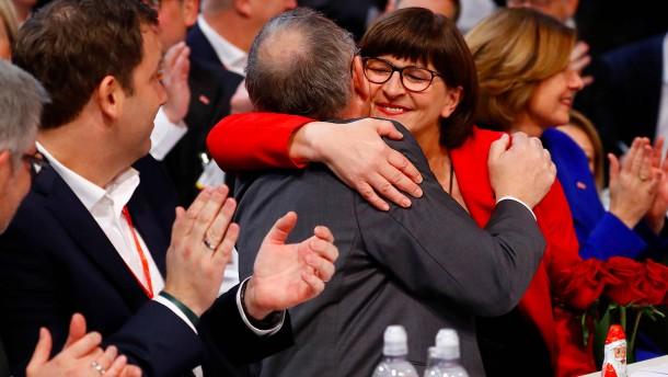 Esken und Walter-Borjans zu SPD-Vorsitzenden gewählt