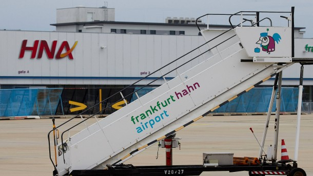 Für fünf Euro von Offenbach zum Flughafen Hahn