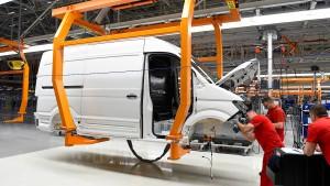 VW Nutzfahrzeuge will 5000 Stellen streichen