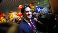 Miliband lehnt Camerons Pläne ab