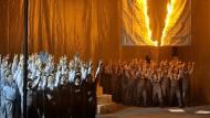 """Doch noch Jubel in Bayreuth: Nach den Buhs für den Auftakt mit """"Tannhäuser"""" ist die Inszenierung des """"Fliegenden Holländers"""" vom Publikum gefeiert worden"""