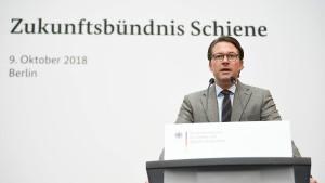 Die Bahn soll in einen neuen Deutschlandtakt finden
