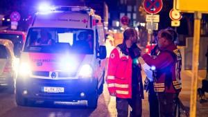 Renitente Anwohner verzögern Evakuierung in Frankfurt