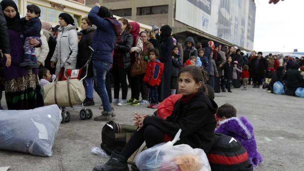 CSU: Visafreiheit für Türkei wäre Einfallstor