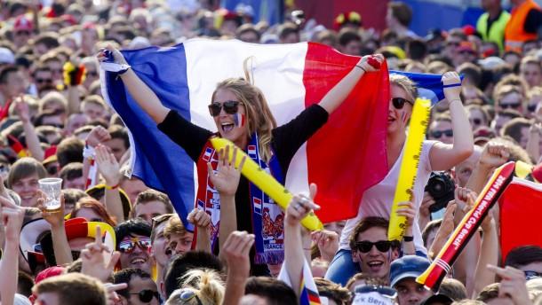 Frankreich trotzt Terror mit Public-Viewing