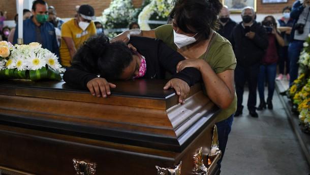 Mehr als 50.000 Opfer von Gewalt in Mexiko nicht identifiziert