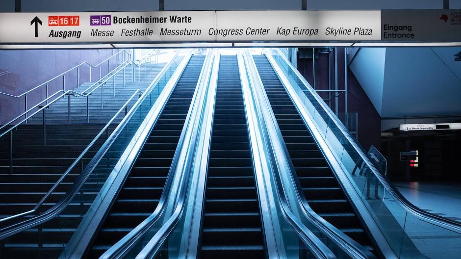Sonst schieben sich hier die Menschenmassen Richtung Eingang: Rolltreppen an der U-Bahn-Station Festhalle/Messe.
