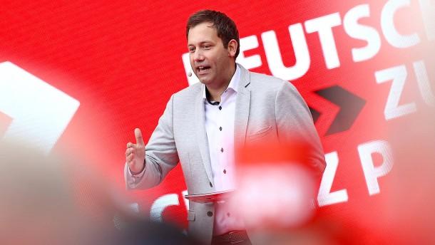Union und SPD beanspruchen den Regierungsauftrag jeweils für sich