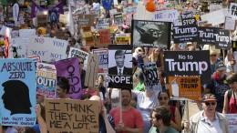 Briten reagieren mit Humor und Wut auf Trump