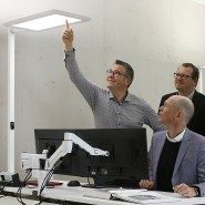 Helle Innovation: Das Produktentwicklungsteam von Waldmann arbeitet an der vernetzten Leuchte.