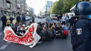 Blockupy demonstriert wieder in Berlin
