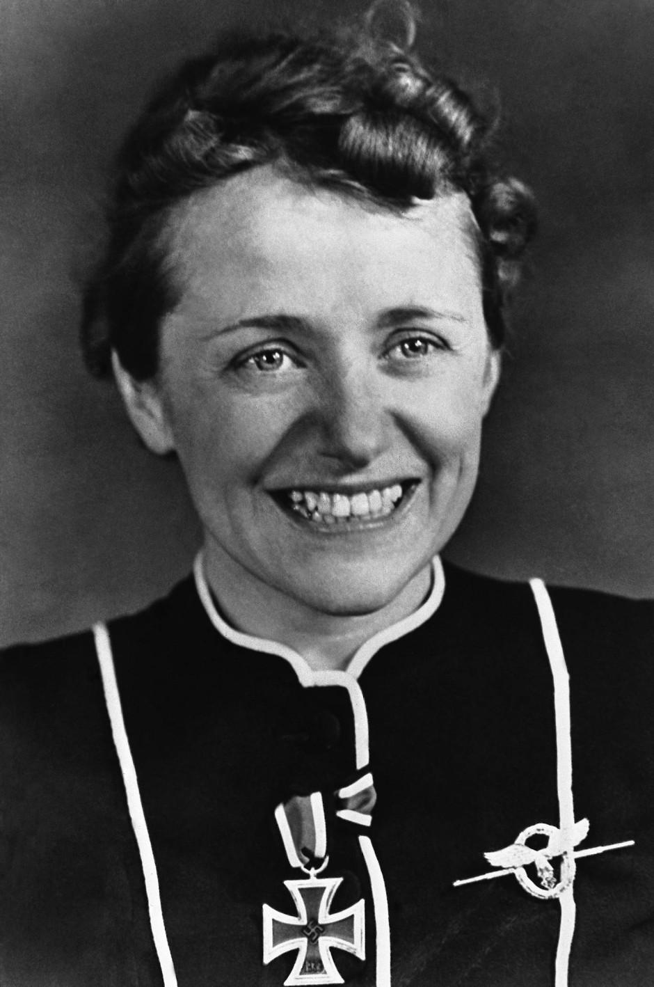 Hanna Reitsch in einer Aufnahme von 1942