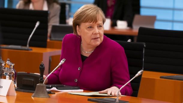 Merkel: Sind immer noch am Anfang