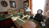 Das Arbeitszimmer muss ja nicht gleich aussehen wie das von Otto von Bismarck, das im Bismarck-Museum ausgestellt ist.