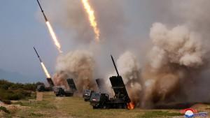 Nordkorea testet neue Raketenwerfer