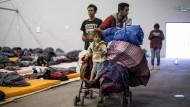 Migranten aus Mittelamerika am Mittwoch in einer Notunterkunft in Tijuana