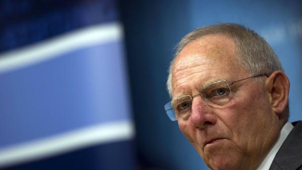 Empörung über Schäubles Informationspolitik