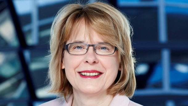 Union will Bettina Kudla zur Rede stellen