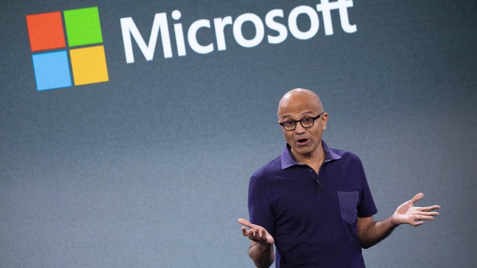 """""""Dies ist das Jahrzehnt, um mit Dringlichkeit zu handeln, für Microsoft und für uns alle,"""" sagte Satya Nadella"""