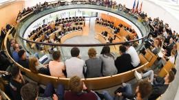 Schwarz-grüne Landesregierung laut Umfrage abgewählt