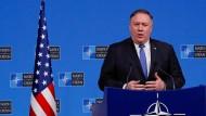 Der amerikanische Außenminister Mike Pompeo spricht bei einem Treffen der Nato-Außenminister in Brüssel.