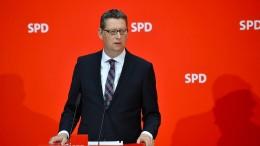 SPD-Chef distanziert sich von Kampagne gegen von der Leyen