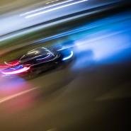 """Wenn das eigene Auto dem Fahrer meldet, es habe """"Müdigkeit erkannt"""", und der Fahrer fährt trotzdem weiter und wird in einen Unfall verwickelt: Dann kann das eigene Auto zum Zeugen der Anklage werden."""