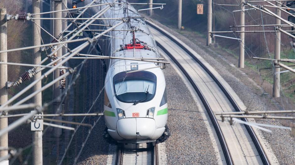 Um den Deutschlandtakt einzuführen, soll das Schienennetz optimiert werden.