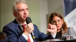 Peter Feldmann gewinnt ersten Wahlgang deutlich