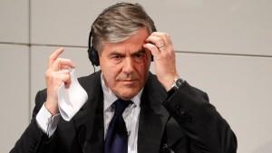 Ackermann warnt vor Insolvenz Griechenlands