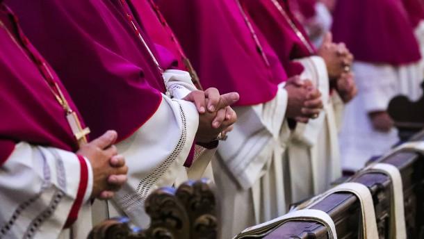 Viele Bischöfe schweigen zu Papst-Aussage