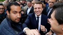 Pariser Polizei nimmt Macron-Mitarbeiter in Gewahrsam