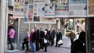 Griechen heben weiter Geld ab