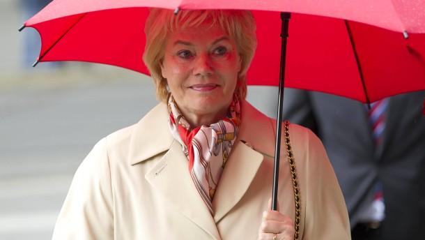 Petra Roth - Festakt zur Verabschiedung der langjährigen Oberbürgermeisterin der Stadt Frankfurt in der Paulskirche.