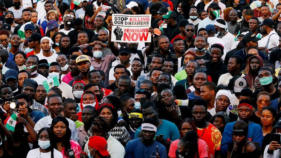 Demonstranten am 17. Oktober in Lagos, Nigeria