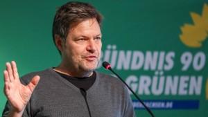 Grünen-Chef Habeck will Asylrecht refomieren