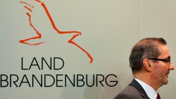 Platzeck uebernimmt den Vorsitz des Aufsichtsrats des geplanten Hauptstadtflughafens