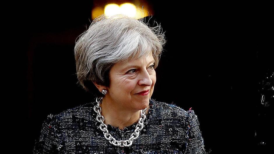 """Premierministerin Theresa May will einen """"harten"""" Brexit, die Abgeordneten im Parlament nicht."""