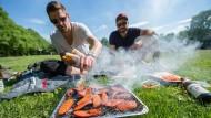 Für Elm geht es beim Grillen vor allem um die Gemeinschaft und den Freizeitcharakter.
