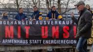 """""""Black out Lausitz"""" – davor haben die Beschäftigten des Bergbau- und Energieunternehmens LEAG Angst."""